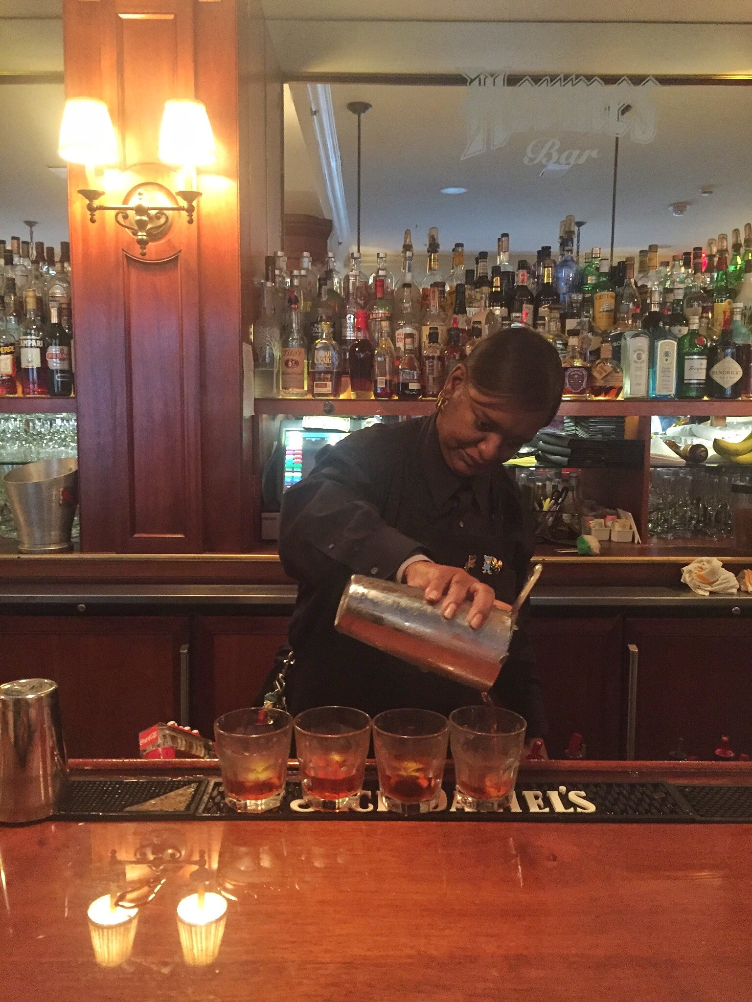 How To Drink Your Way Through New Orleans' Cocktail History
